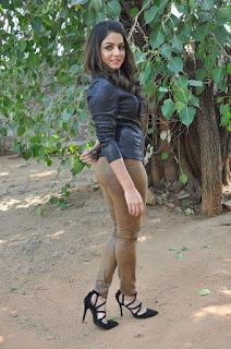Actress Wamiqa latest glam pics 028.jpg