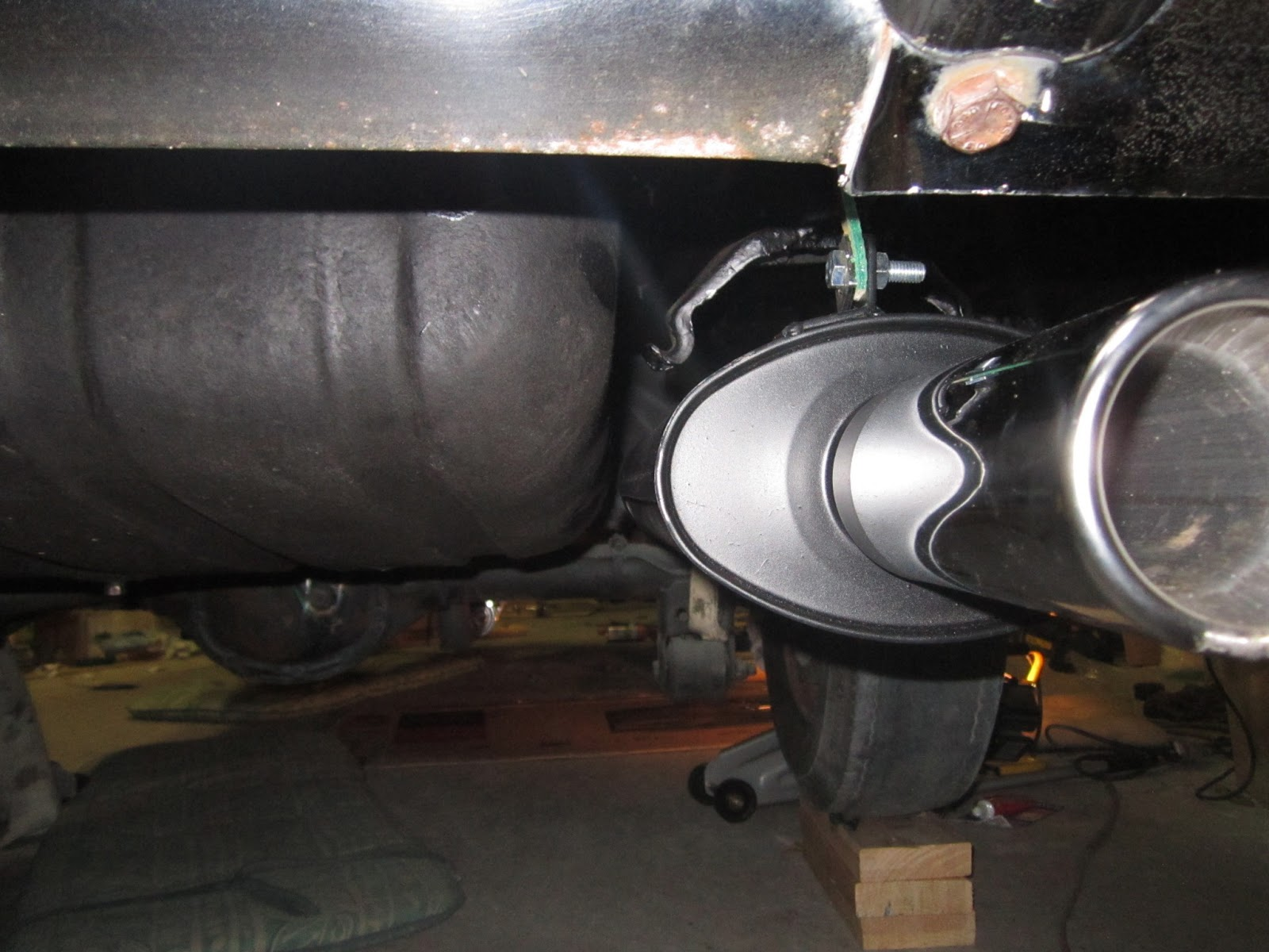 DEI Exhaust Header Wrap - B18 Volvo 122 Amazon - IPD Build Off ...