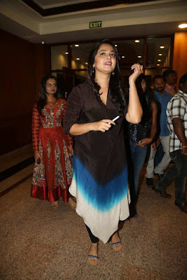 Anushka Shetty hot at Rudramadevi Success Meet