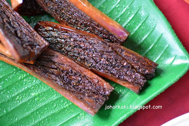 Portuguese-Settlement-Seafood-J-&-J-Corner-Malacca-Ujong-Pasir
