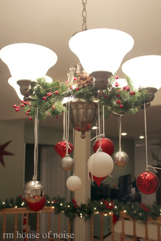 i love decorating chandeliers - How To Decorate A Chandelier For Christmas