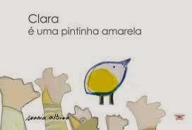 Clara é uma pintinha amarela