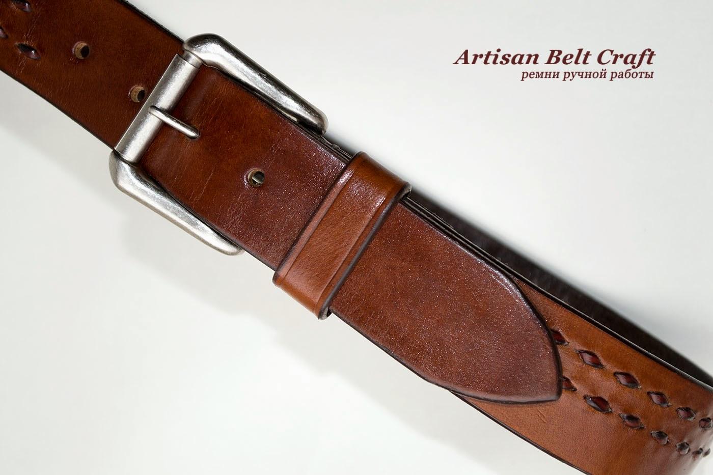 кожаный ремень с пряжкой старое серебро
