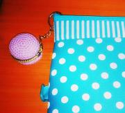Crochet: Macaroon Coin Purse Pattern