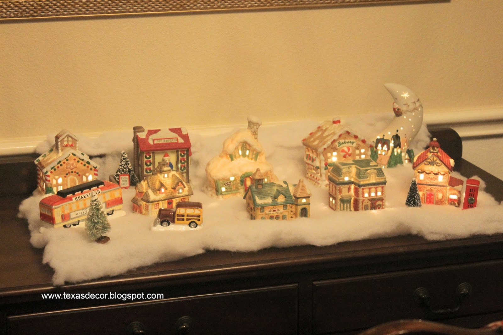 pottery mart lighted village houses