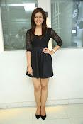 Rashi Kanna latest glam pics-thumbnail-16