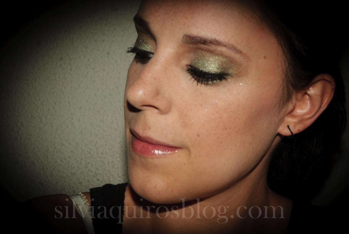 http://2.bp.blogspot.com/-XyGmSC72K7M/UFFBT7g71eI/AAAAAAAARiw/pT_flAHeP2U/s1600/scarlett+johansson+verde12.jpg