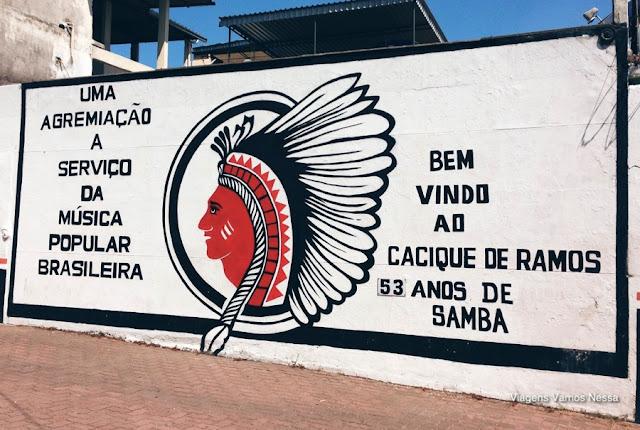 Muro da sede da Roda de Samba do Cacique de Ramos