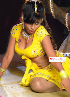 Tamil, actress, aarti, puri, hot, cleavage, show