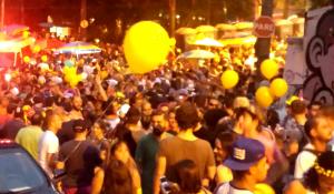 Bloco evangélico arrasta multidão no carnaval de SP