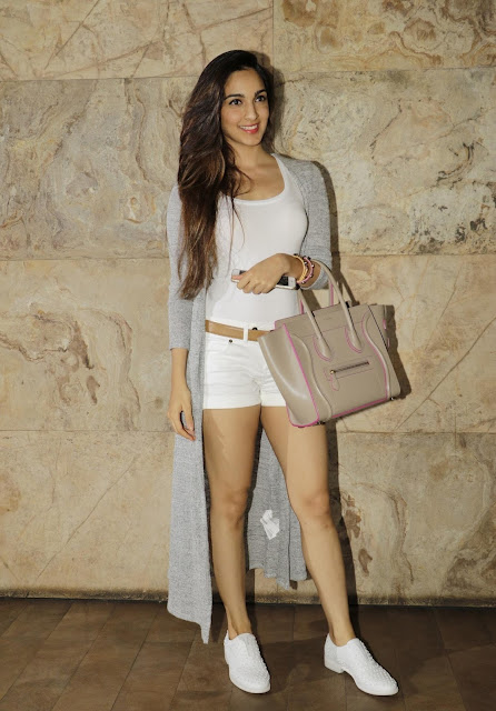 Kiara Advani Showcasing Her Sexy Long Legs At Film 'Bajrangi Bhaijaan' Special Screening At Lightbox Cinema