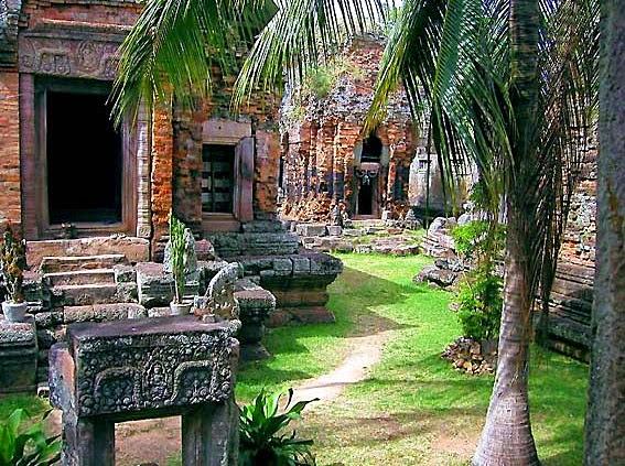 Phnom Chisor Temples