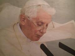 ¡GRACIAS SANTO PADRE POR VENIR A ESPAÑA, VIVA EL PAPA BENEDICTO XVI