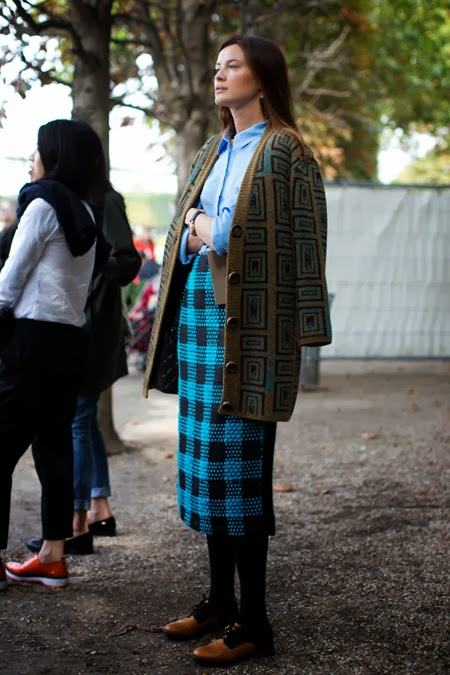 street style_ fashion week p-v 2014_street color style