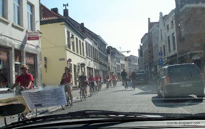 Велосипедистки в Брюгге