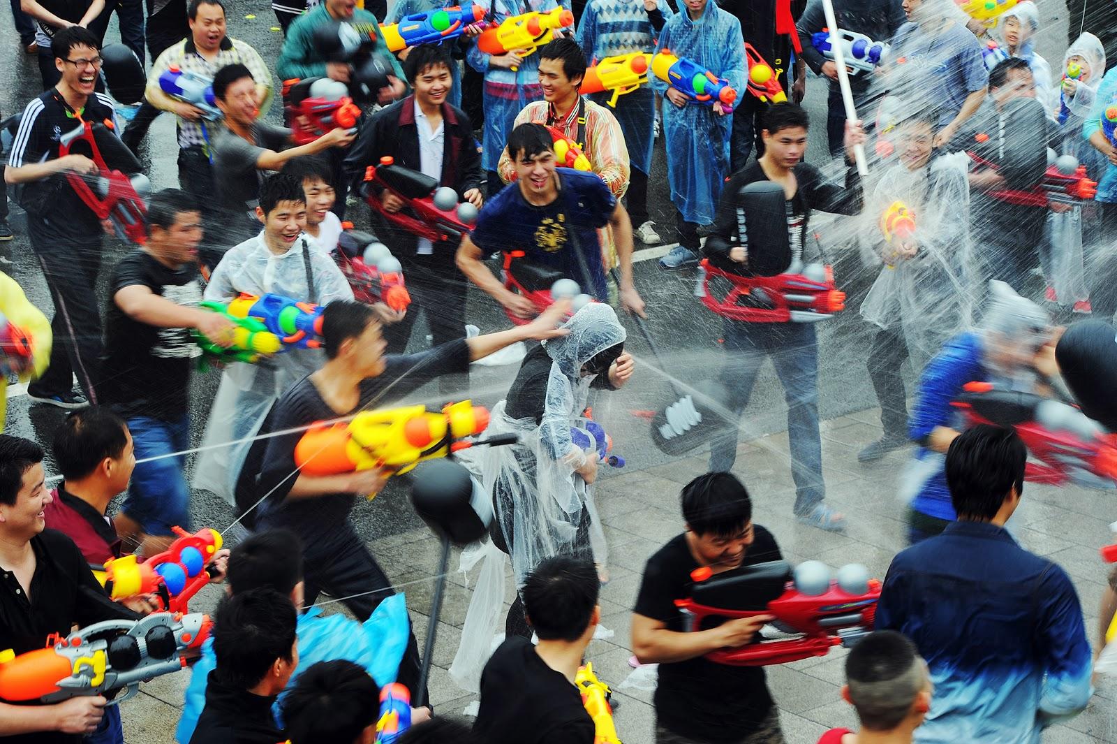 Celebration, China, Culture, Dongkeng, Festival, Guangdong, Mai-shen Festival, Maishen, News, Offbeat, Selling yourself festival, Yu xian festival,