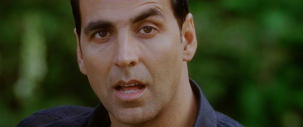 Screen Shot Of Hindi Movie Housefull 2 (2012) Download And Watch Online Free at worldfree4u.com