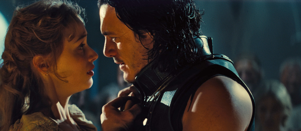 Sarah Gadon and Luke Evans in Dracula Untold