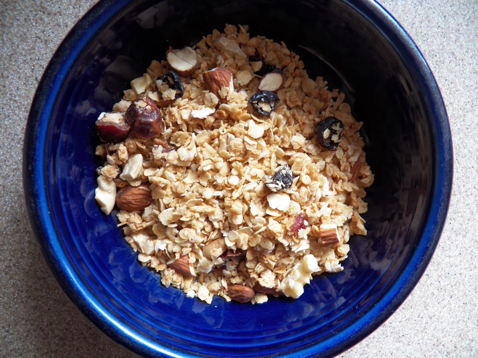 The Tasty Cheapskate: Coconut Granola