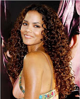 cabelos-cacheados-negras-afro-descendentes