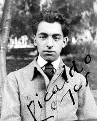 Fotografía del joven Neruda, aún firmando como Ricardo Reyes.