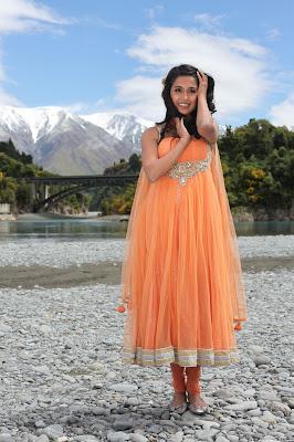 sarah jane dias spicy hq actress pics
