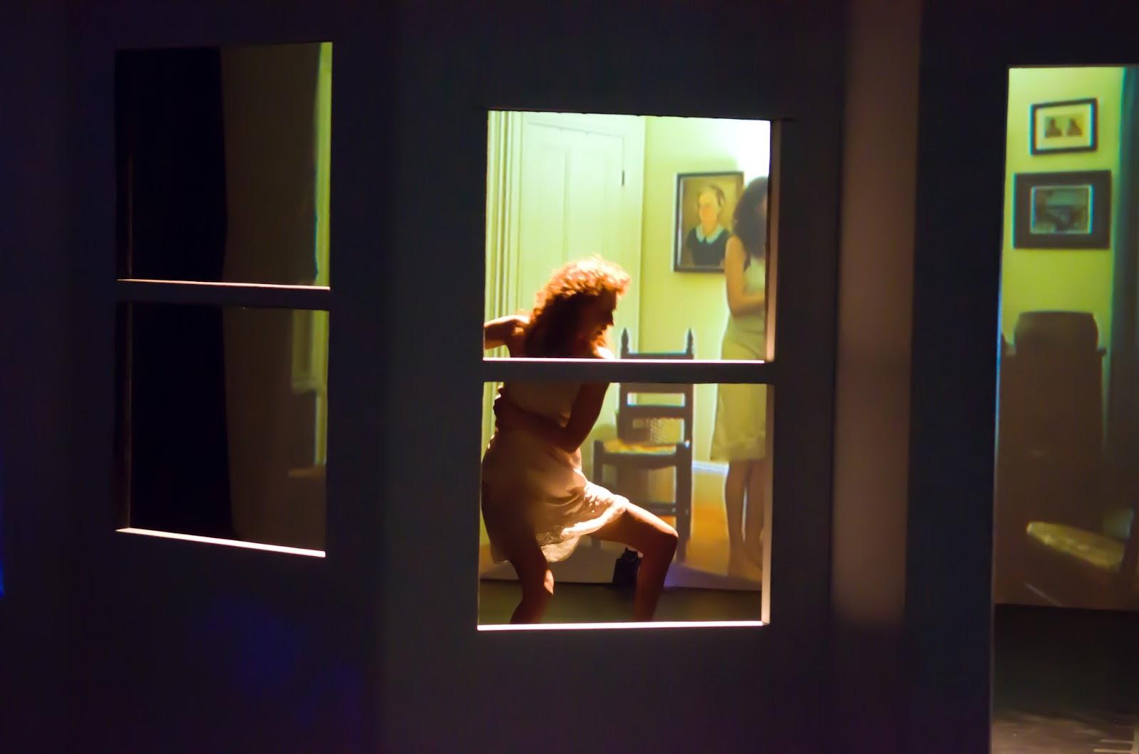 image Window voyeur 8 of 1000