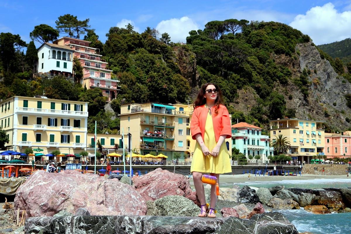 Bella Italia with pom poms and tassels