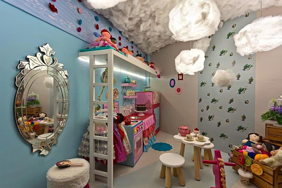 Casa de Bonecas | Olhem que fofa a casinha de bonecas.