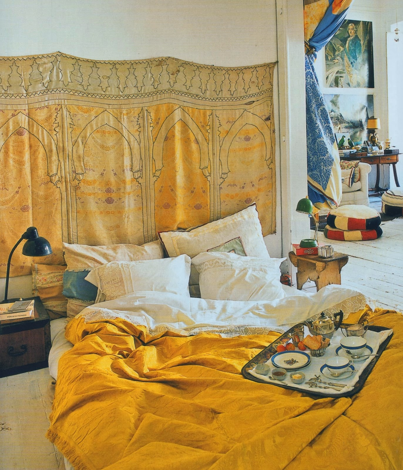 Moon to Moon: The World of Interiors..... Bedrooms