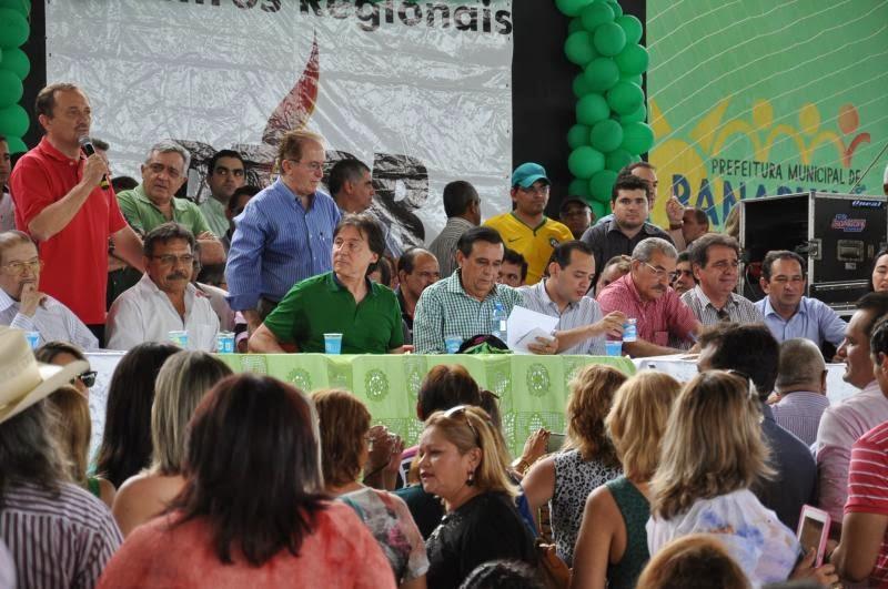 PMDB reúne mais de 150 profissionais da imprensa em Banabuiu e confirma candidatura - Por Luciano Augusto / Fortaleza