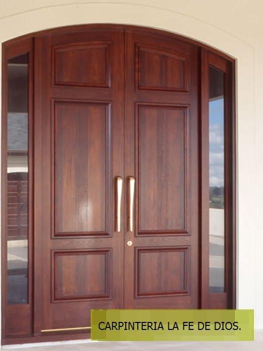 Carpinter a la fe de dios puertas principales y de for Puertas principales de madera rusticas