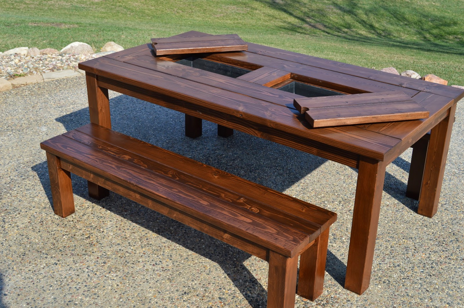 Kruse 39 s workshop patio party table with built in beer for Wooden beer cooler plans