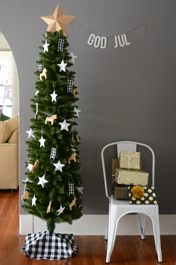 oleander and palm decorate a christmas tree for just 10 - Skinny Christmas Tree Decorating Ideas