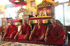 Monges de Shar Ganden Monastery