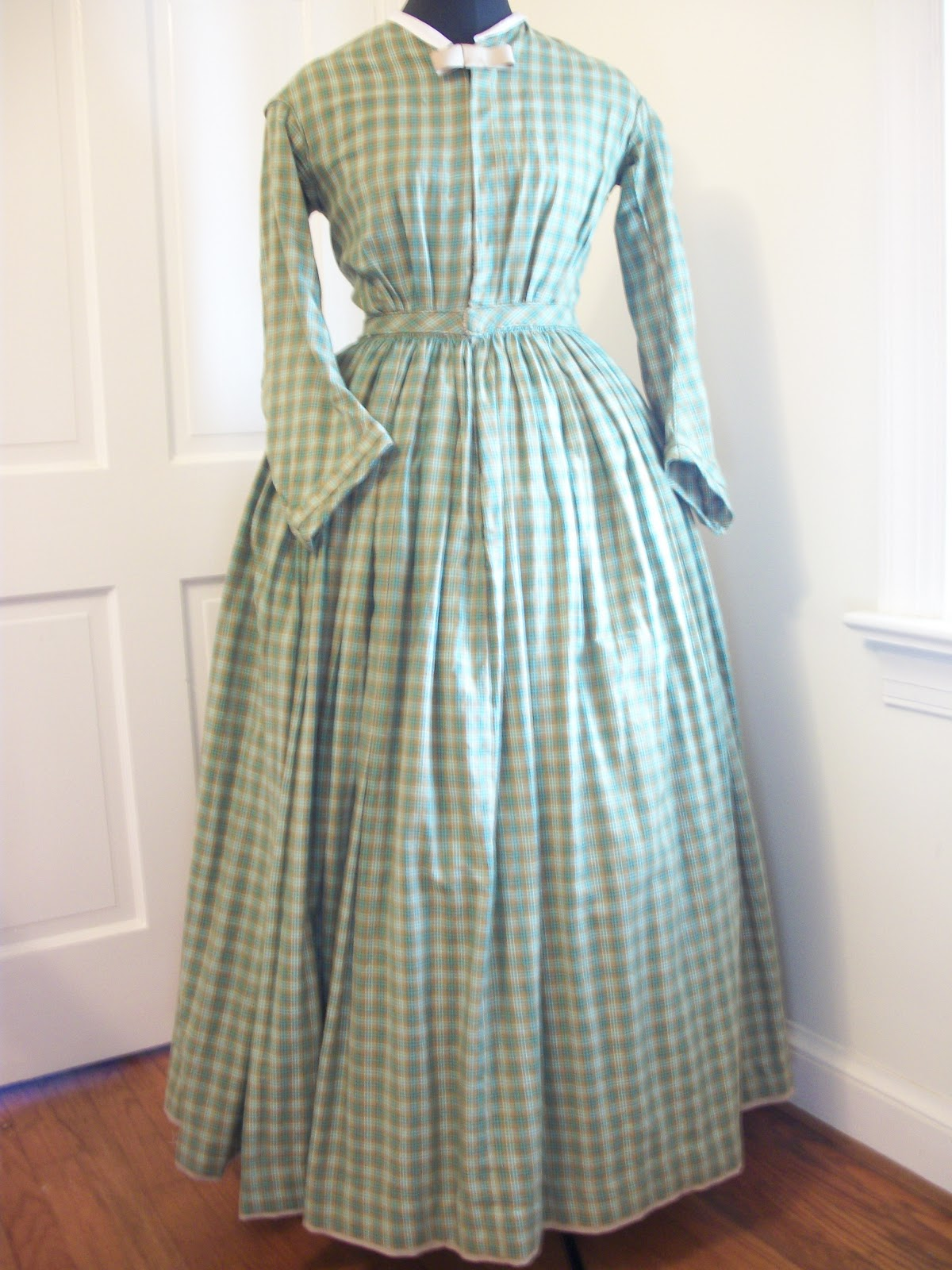 Retrospect: Green Plaid Civil War Dress