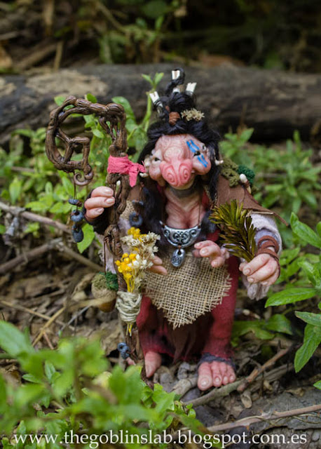 Muñeca ooak fantasía Meg la curandera goblin