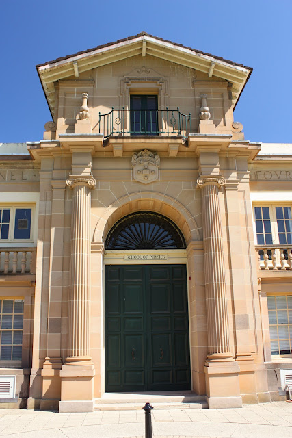 Dietetics school of physics university of sydney