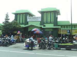 Pasar Bringharjo Yogyakarta