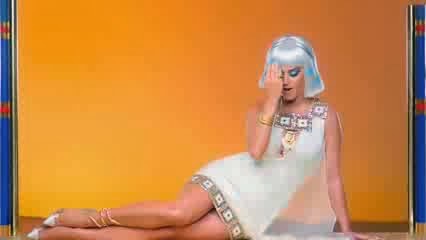 Katy Perry Dark Horse Outfit Katy Perry : Dark Horse (Brève analyse)   La culture populaire à la ...