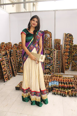 Beautiful Isha agarwal looking lovely at store latest pics