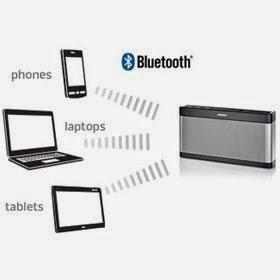 SoundLink Bluetooth speaker III adalah Bluetooth Speaker Mobile terbaik. Speaker Blutooth ini dapat memainkan suara keras dan lebih tahan lama dari versi populer sebelumnya