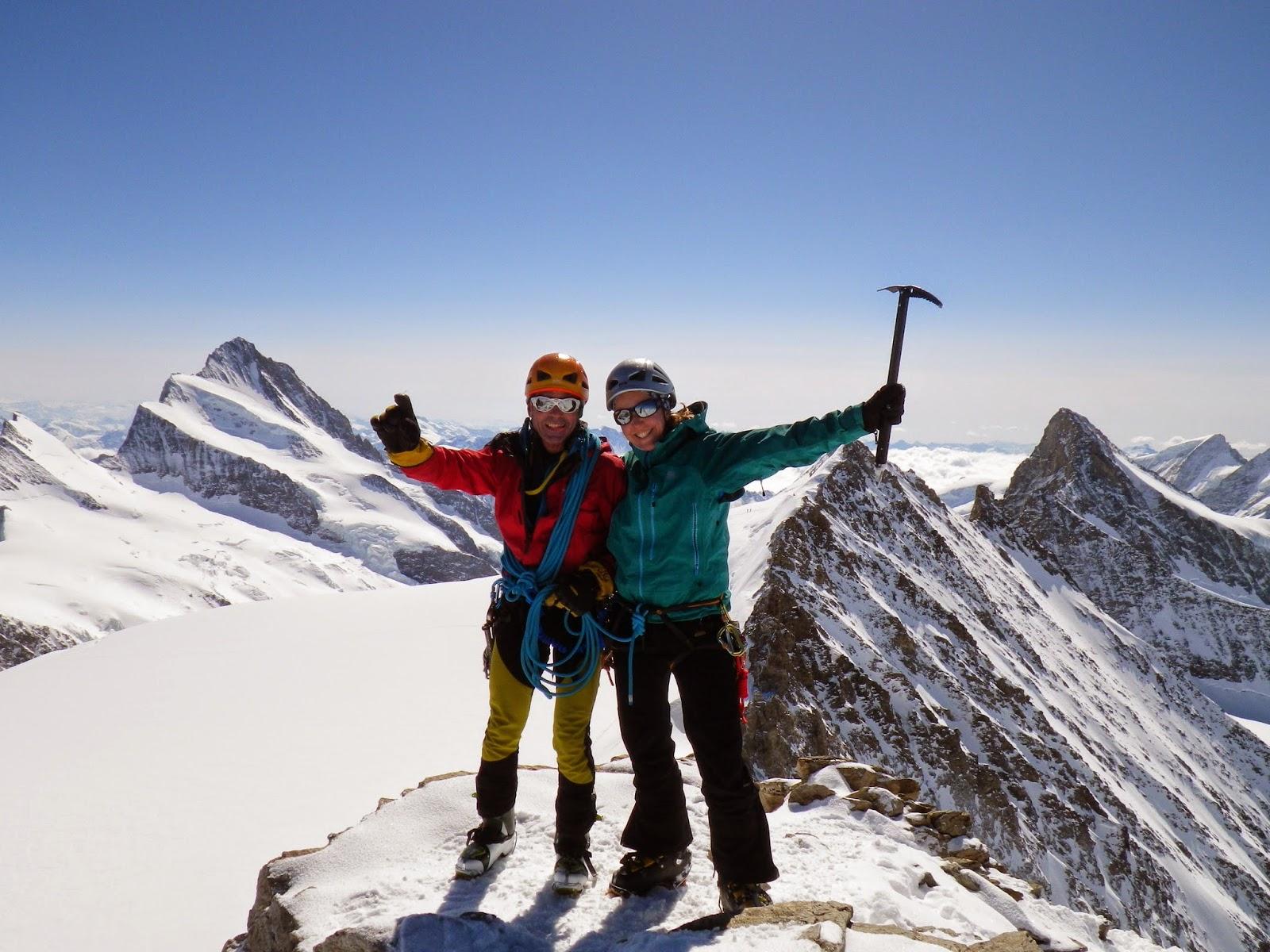 Cumbre del Gross Fiescherhorn (Oberland).