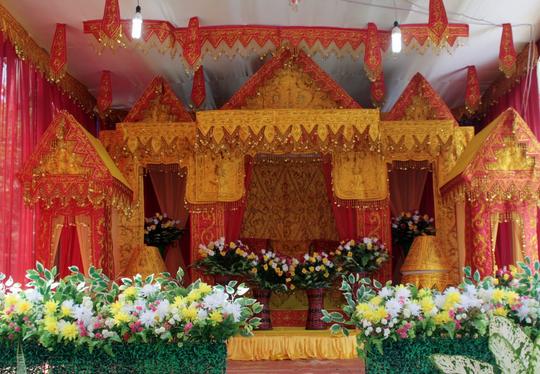 Pelaminan Aceh Dengan dekorasi Model 2015