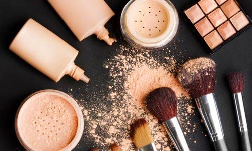 maquillaje de camuflaje para cubrir cicatrices