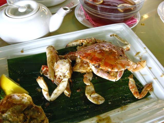 Райский остров Ламма (Гонконг) и Rainbow Seafood Restaurant, белый краб