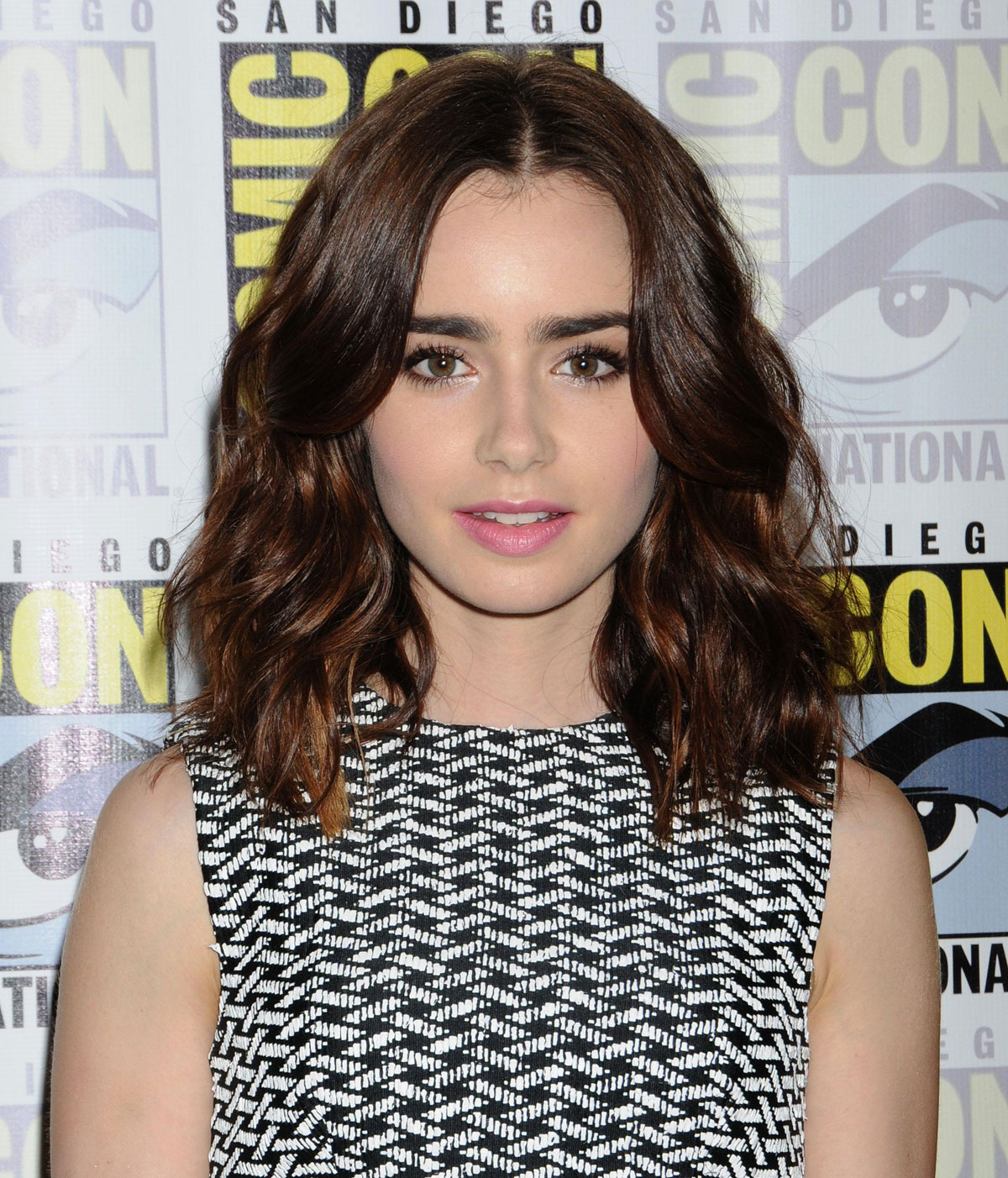 Lily Collins Pink Lips Big Eyebrows