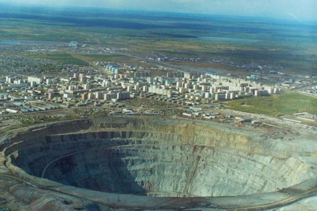 Open Pit Mining Process Open Pit And Strip Mines