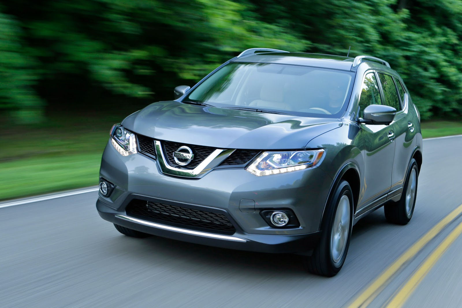 Nissan's Rogue moves up from 'cute' status