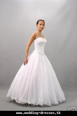 Wedding clothes collection royal wedding dress for Beautiful puffy wedding dresses